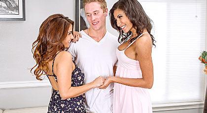 Adulterio latino con dos potentes hembras