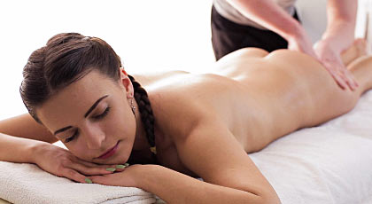 Masaje y sexo con Latoya