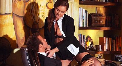 Los lunes en la oficina con mi secretaria